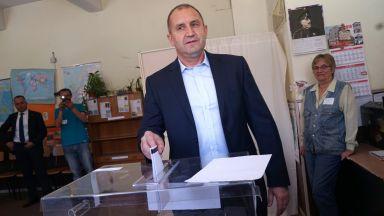 Президентът: Гласувах за България с върховенство на закона и свобода на словото