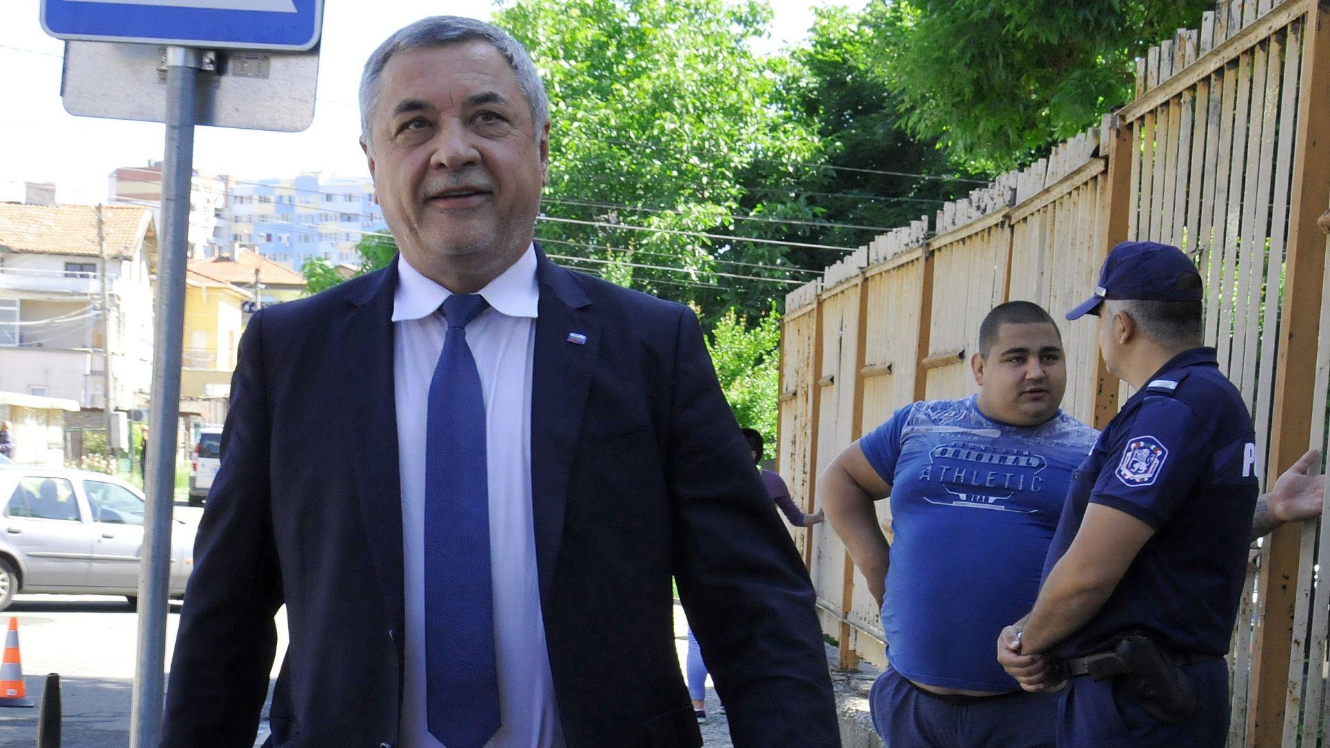 НФСБ внесе сигнал до Цацаров с над 15 конкретни случая за купуване на гласове