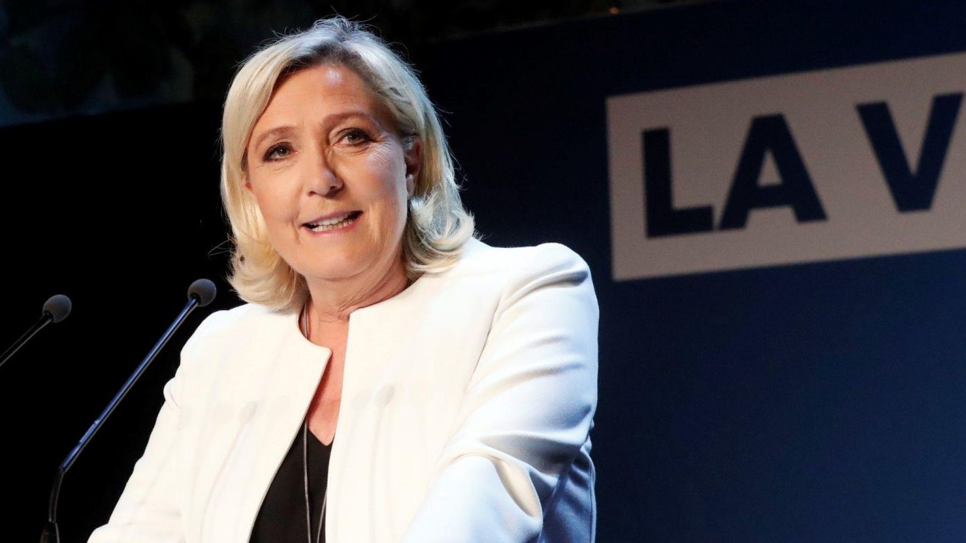 Льо Пен бие Макрон на европейските избори и призова за мощно движение за промяна