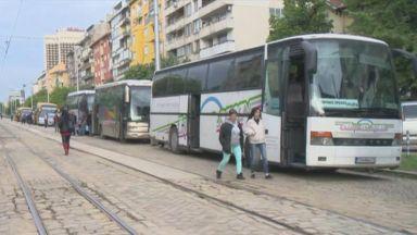 Автобусните превозвачи ще протестират символично от утре
