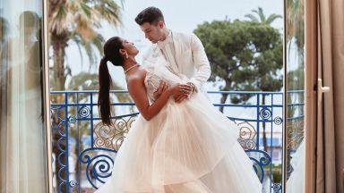 Приянка и Ник отбелязаха година от първата си среща