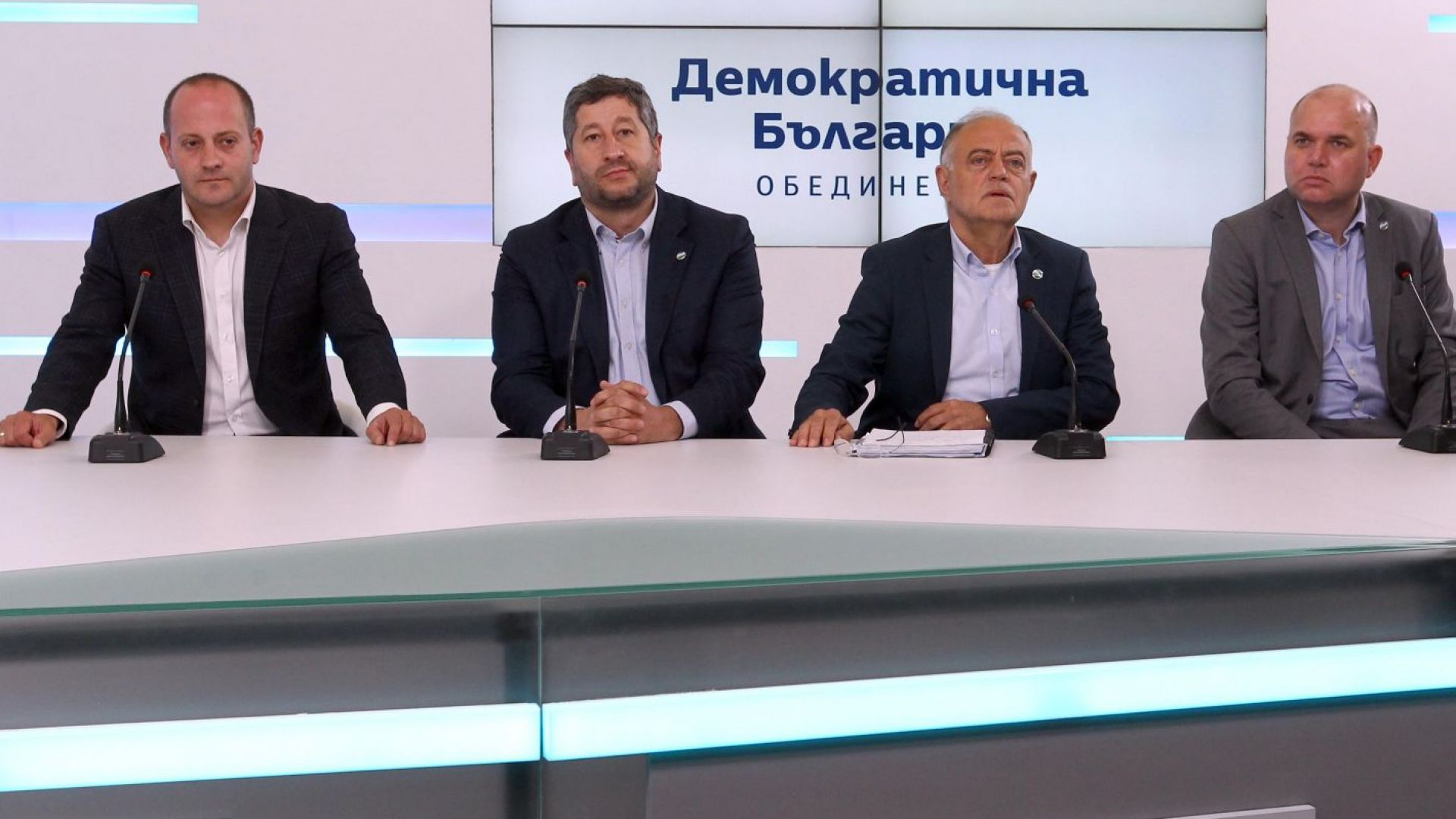 Радан Кънев: Ще съм част от ЕНП и ще работя с ГЕРБ все така критично