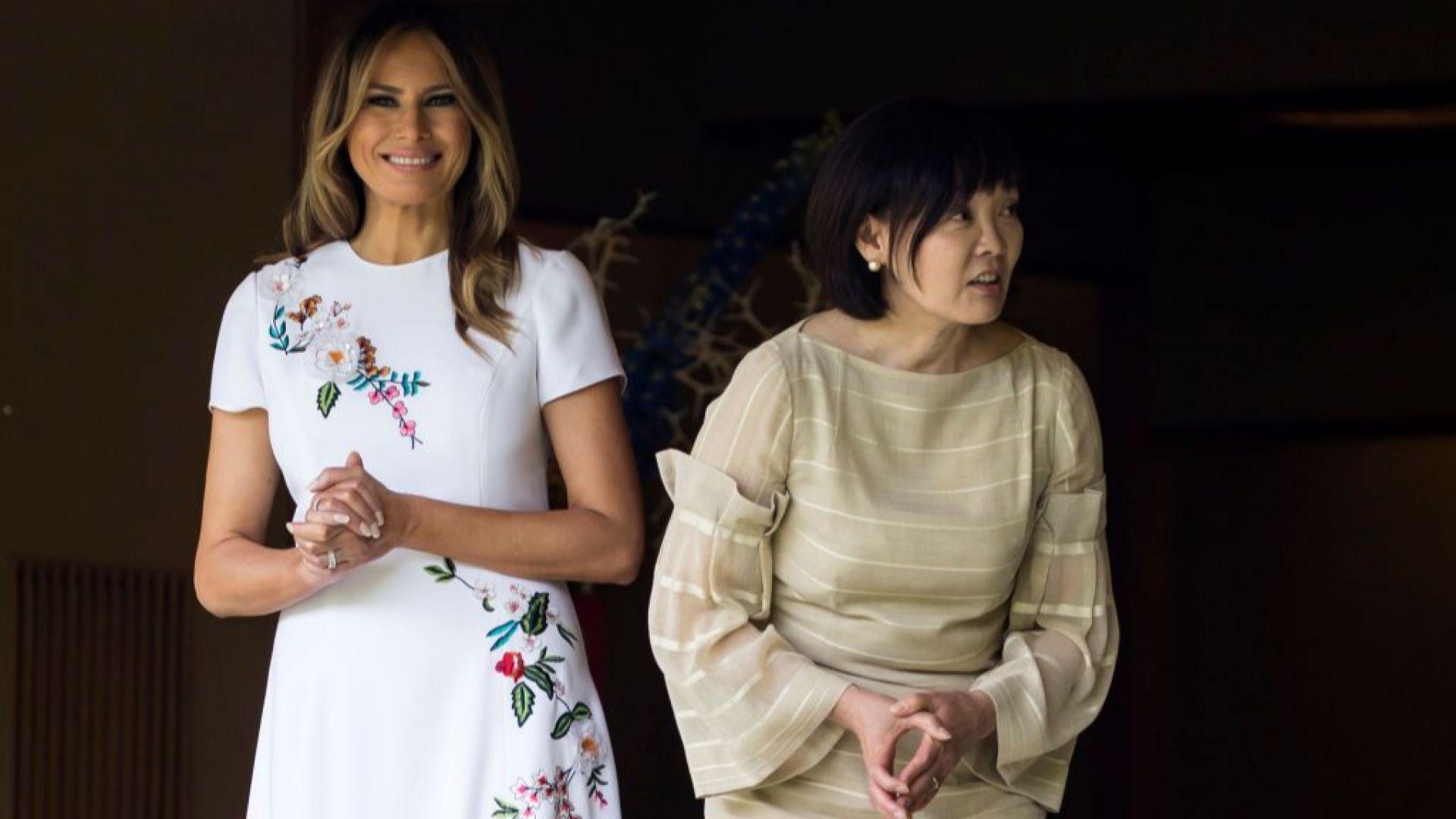 Мелания с рокля за над 4 хил. долара в Япония