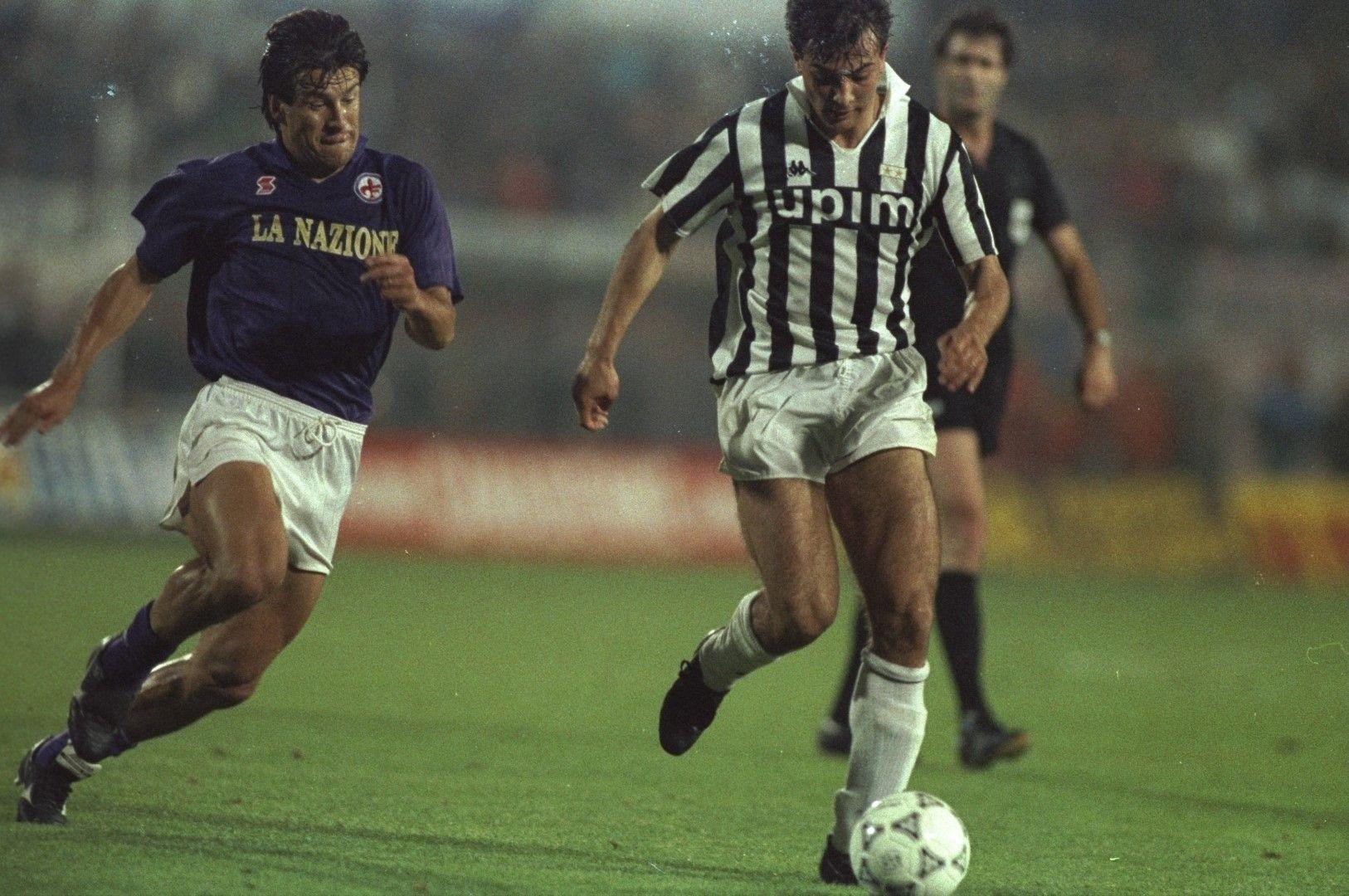 Джанлуиджи Казираги (Ювентус) и Дунга Фиорентина) във финала за Купата на Уефа през 1990-а