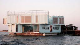 В Копенхаген студенти живеят в плаващи общежития за 600 долара месечно