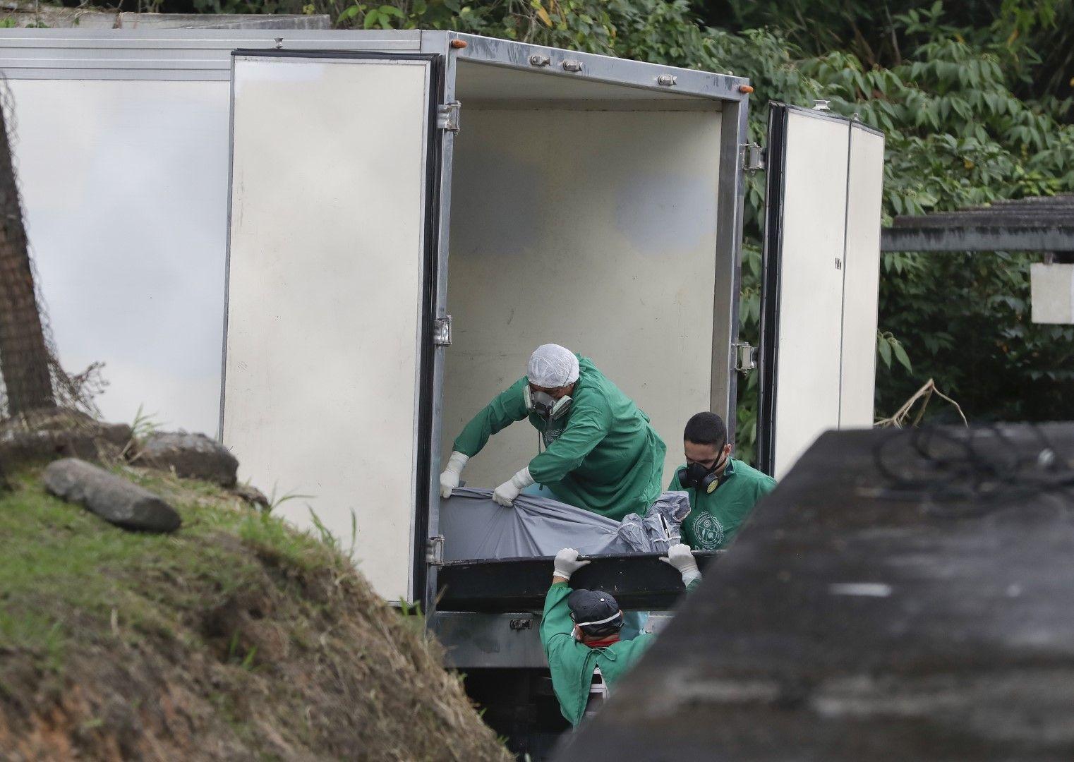 42 удушени затворници са открити в четири бразилски затвора