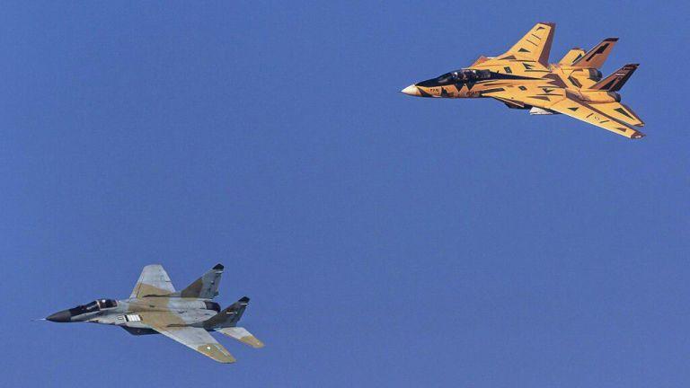 Най-модерните самолети на Иран - МиГ-29 и F-14