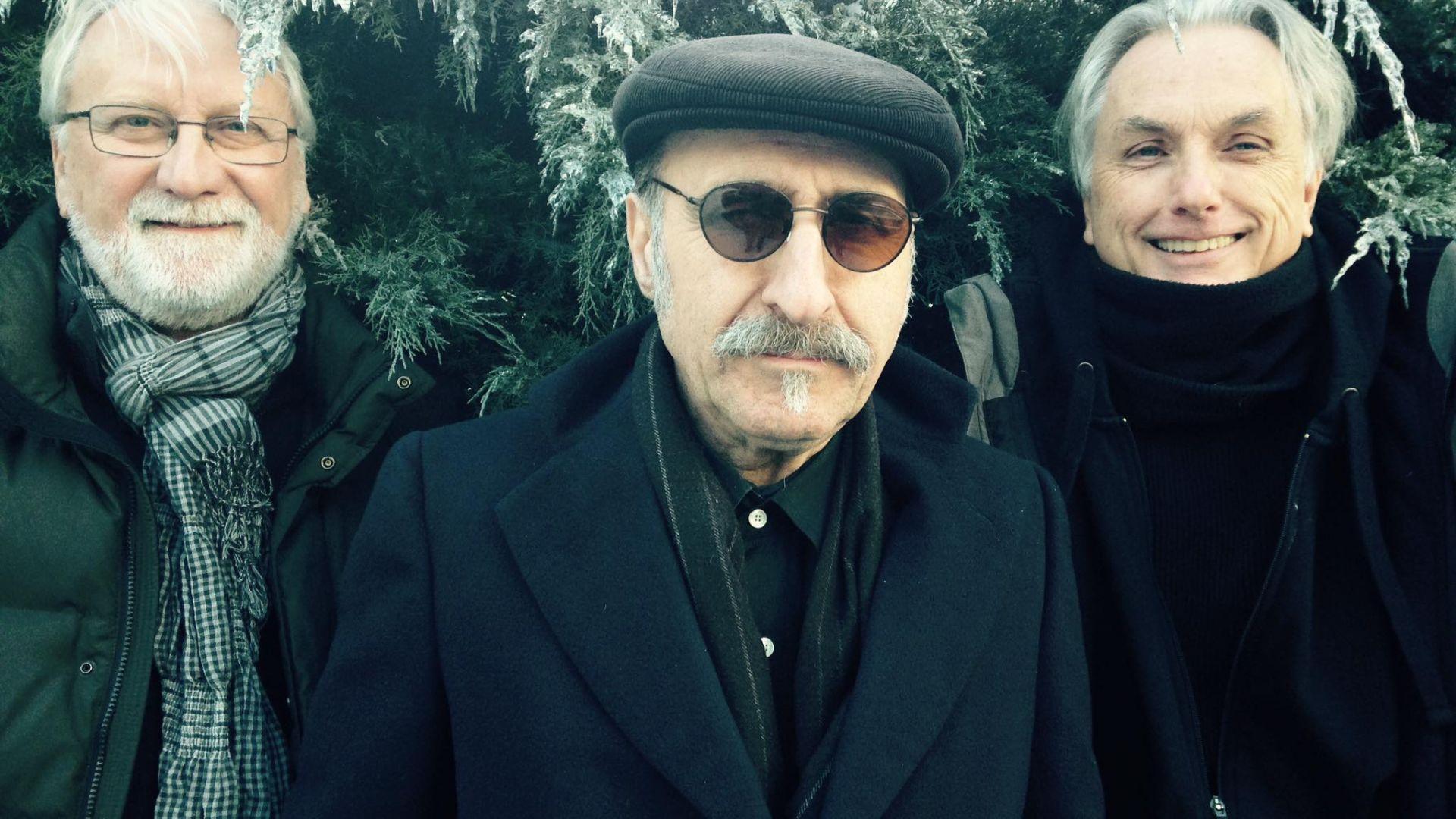Почина музикантът Леон Редбоун