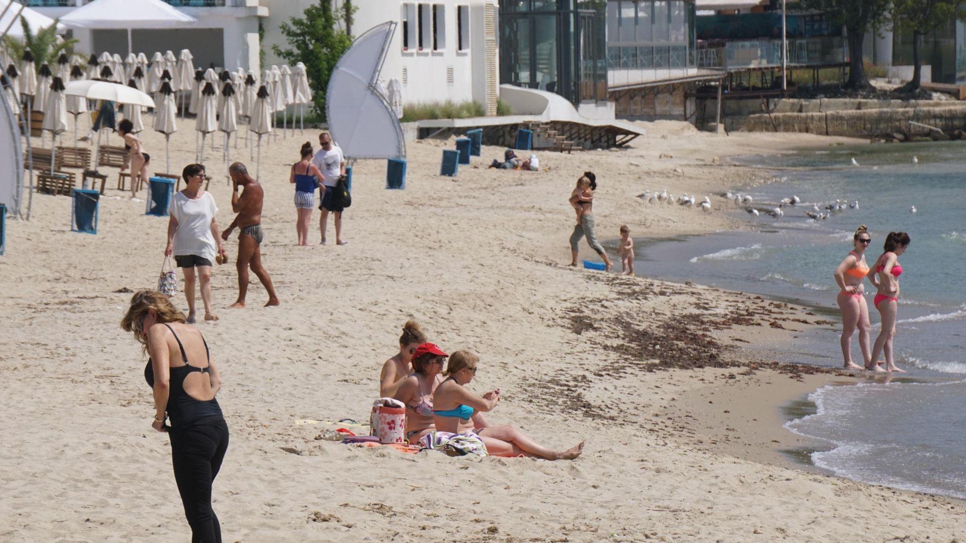 Дойде времето за плаж във Варна