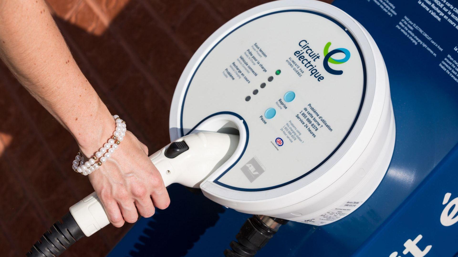Германия удължава програмата за стимулиране покупката на електромобили