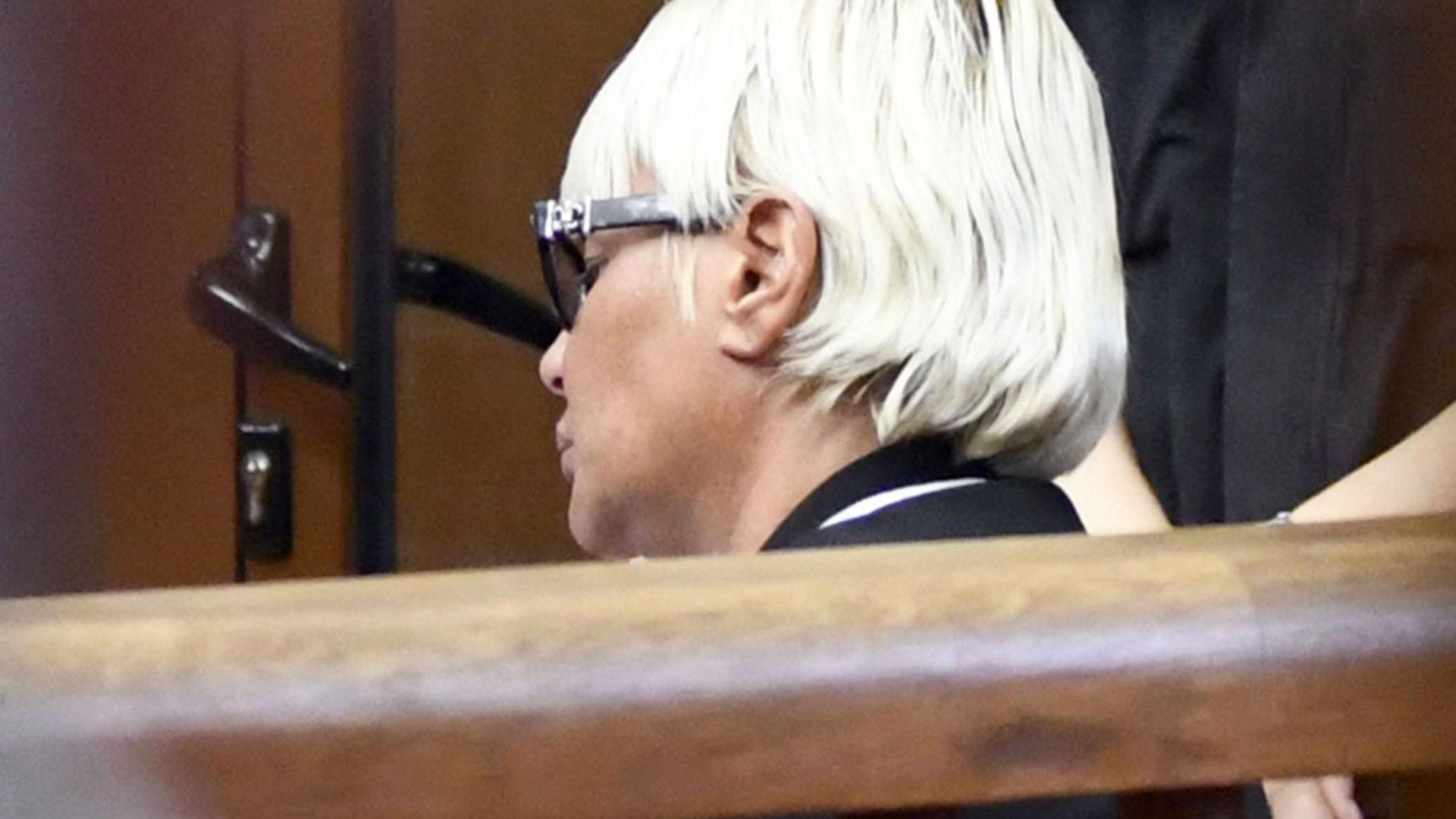 Арабаджиева през сълзи в съда: Невинна съм, минахме през ада!