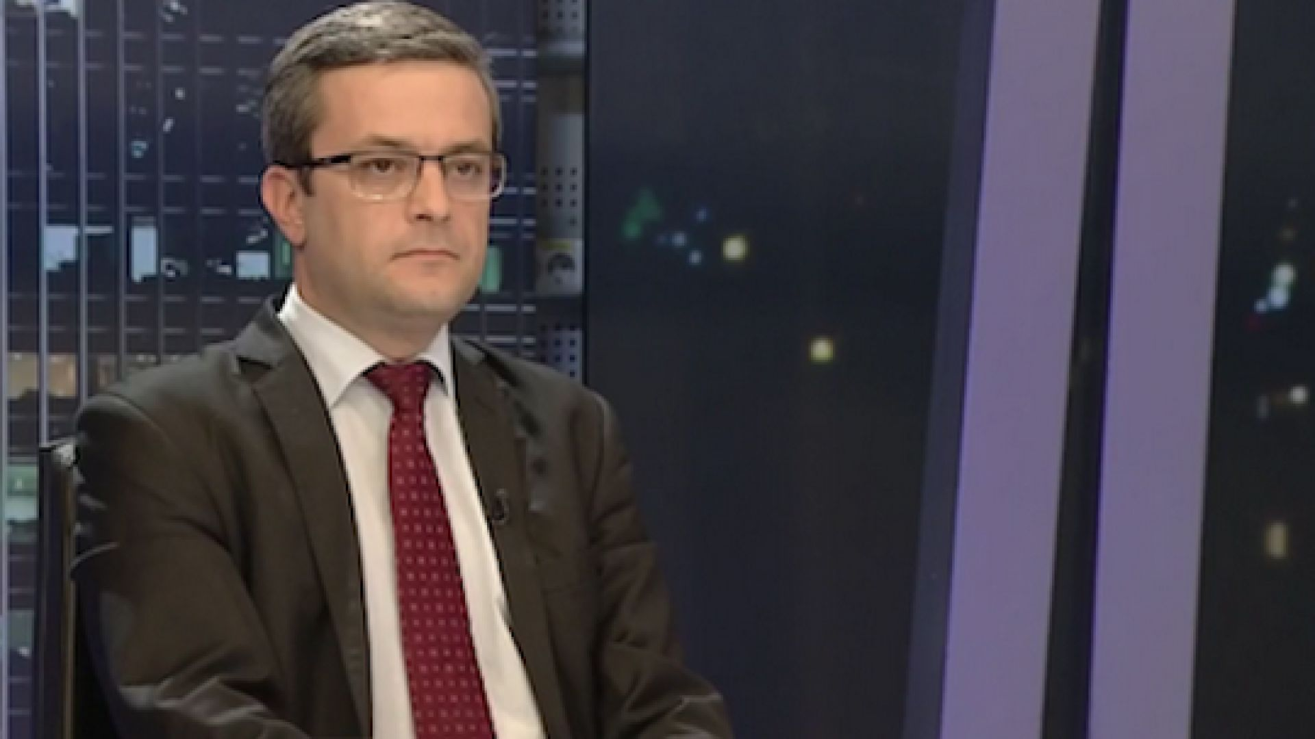 Тома Биков за оставката на Цветанов: Не беше хвърлен на кучетата