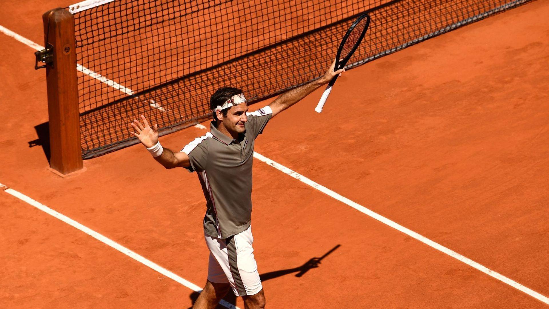Федерер изнесе бърза и стегната лекция в Париж, запазвайки нулата