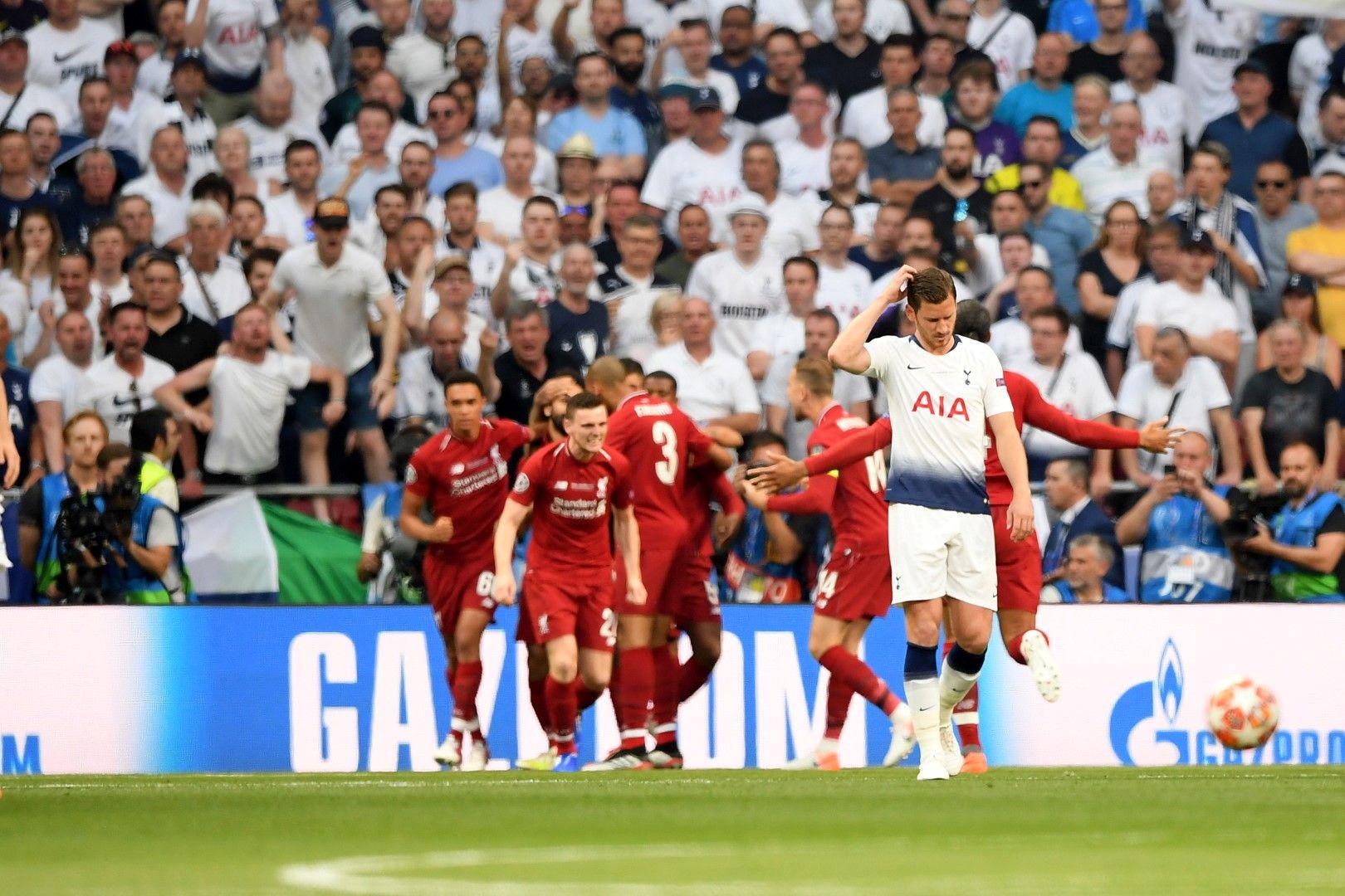"""Ян Вертонген (Тотнъм) - Да, """"шпорите"""" загубиха финала, но Вертонген беше сърцето на отбраната на изненадващия финалист. 32-годишният белгиец игра като централен и ляв защитник и не може да се забрави забележителното му представяне при победата с 3:0 над Борусия (Дортмунд) на Уембли. На няколко пъти през сезона получи тежки удари в главата, но се връщаше, за да помага на съотборниците си."""