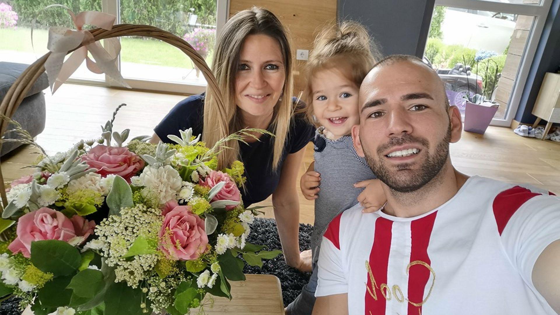 Наско Месечков на пътешествия в Австрия, САЩ и Дубай с дъщеря си