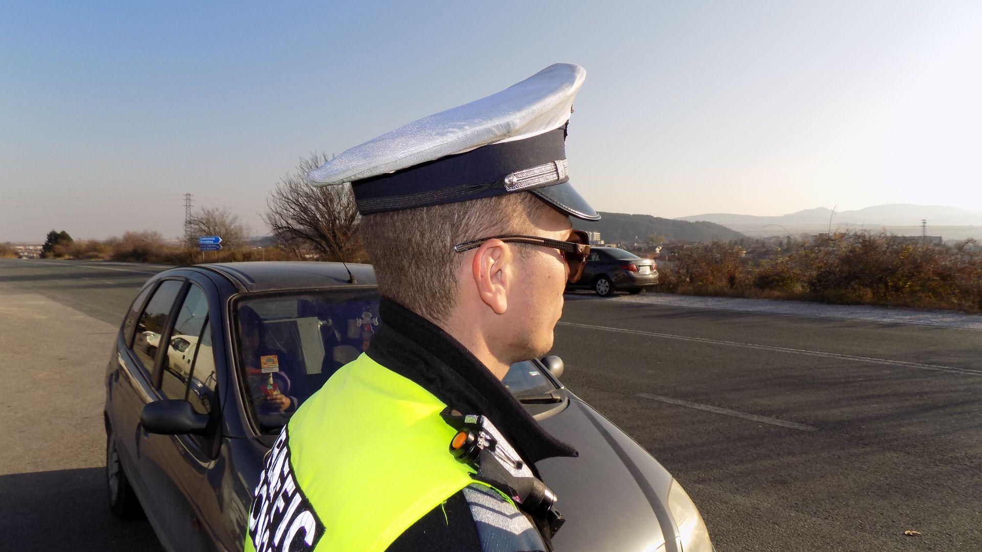 Колони с военна техника ще блокират пътища в 6 области