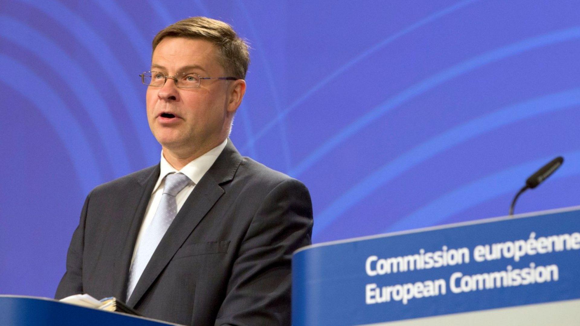 Валдис Домбровскис: ЕС може одобри нови фискални мерки