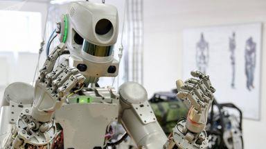 Роботът Фьодор излетя към МКС: Готов. Поехали, поехали! (видео)