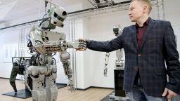 Какво ще прави руският робот Фьодор в Космоса