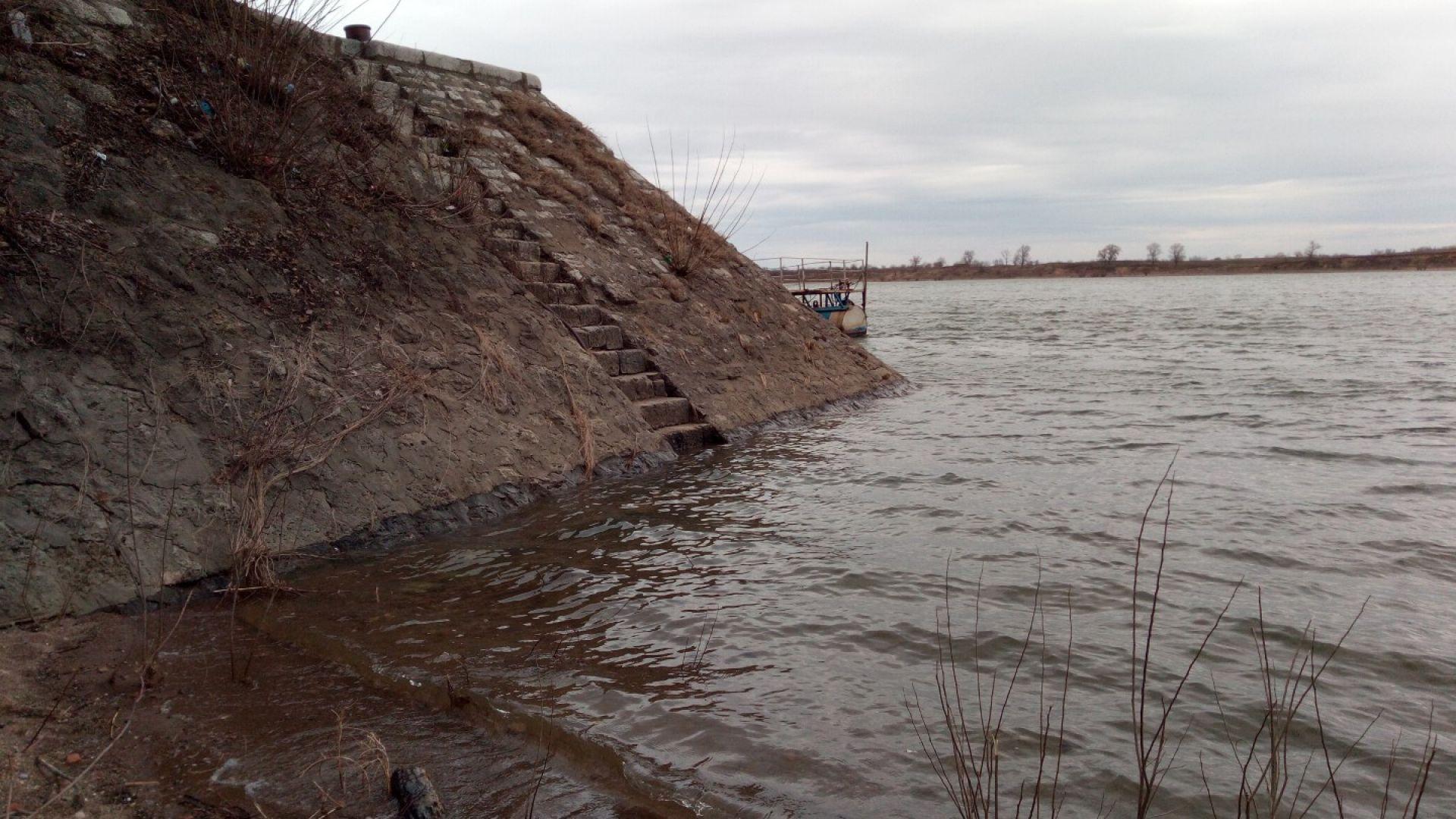 Нивото на река Дунав продължава да се покачва