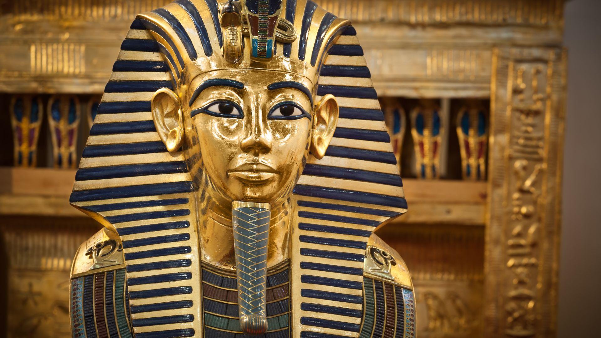 За първи път започна реставрация на ковчега на Тутанкамон