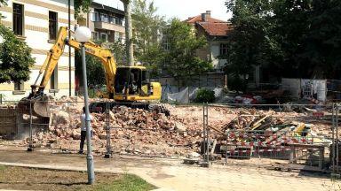 Съдят 55-годишна жена заради събарянето на паметник на културата в Пловдив