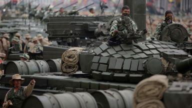 Русия не само че няма да изтегли военните си от Венецуела, а може да прати още