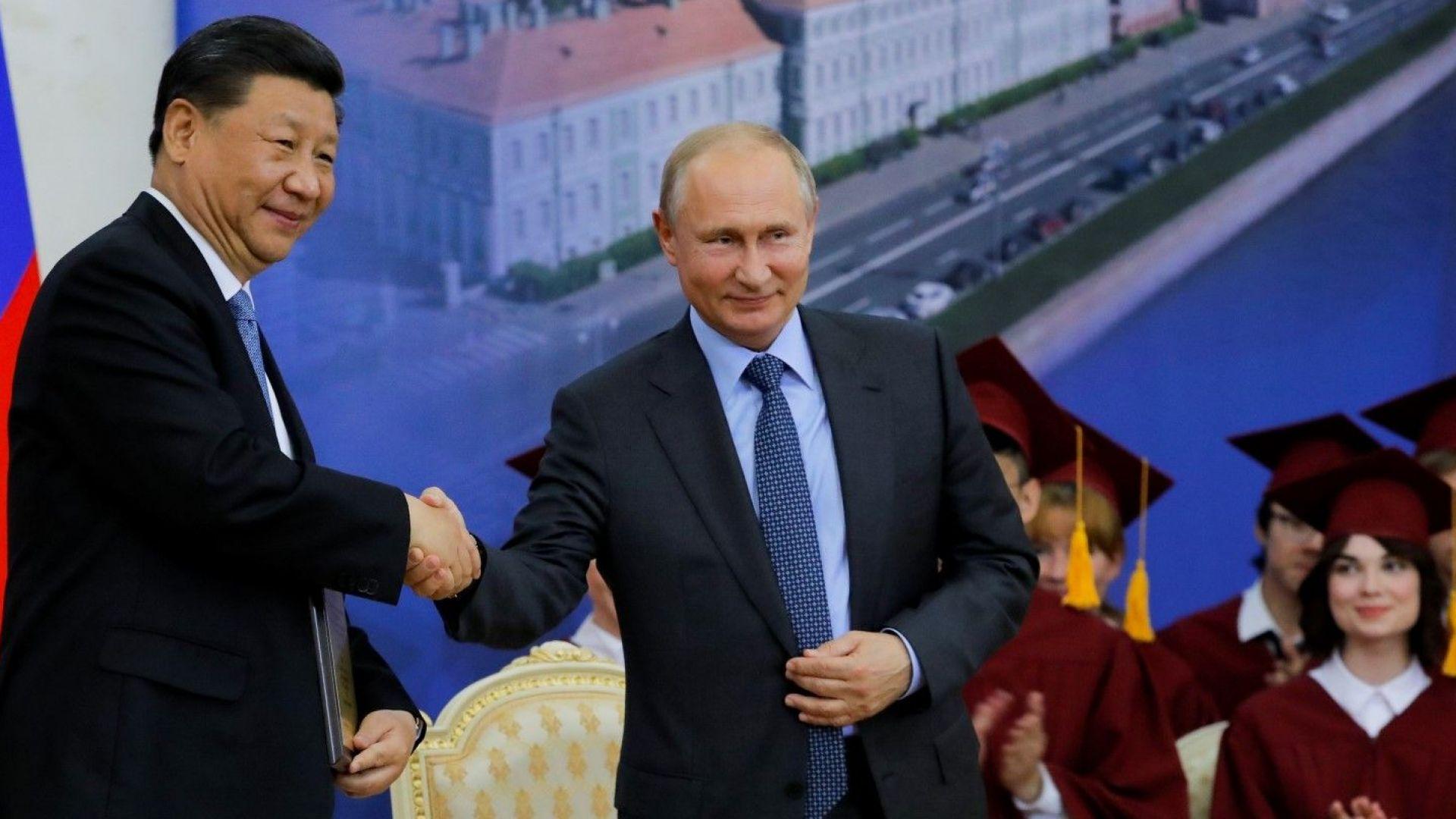 Си на червения килим: чакат се огромни китайски инвестиции в Русия