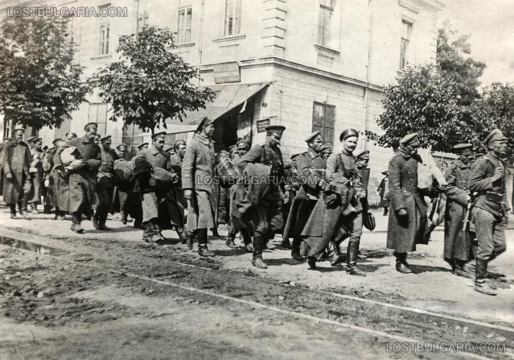 Изгубената България: Деветоюнският преврат в снимки | Impressio.dir.bg