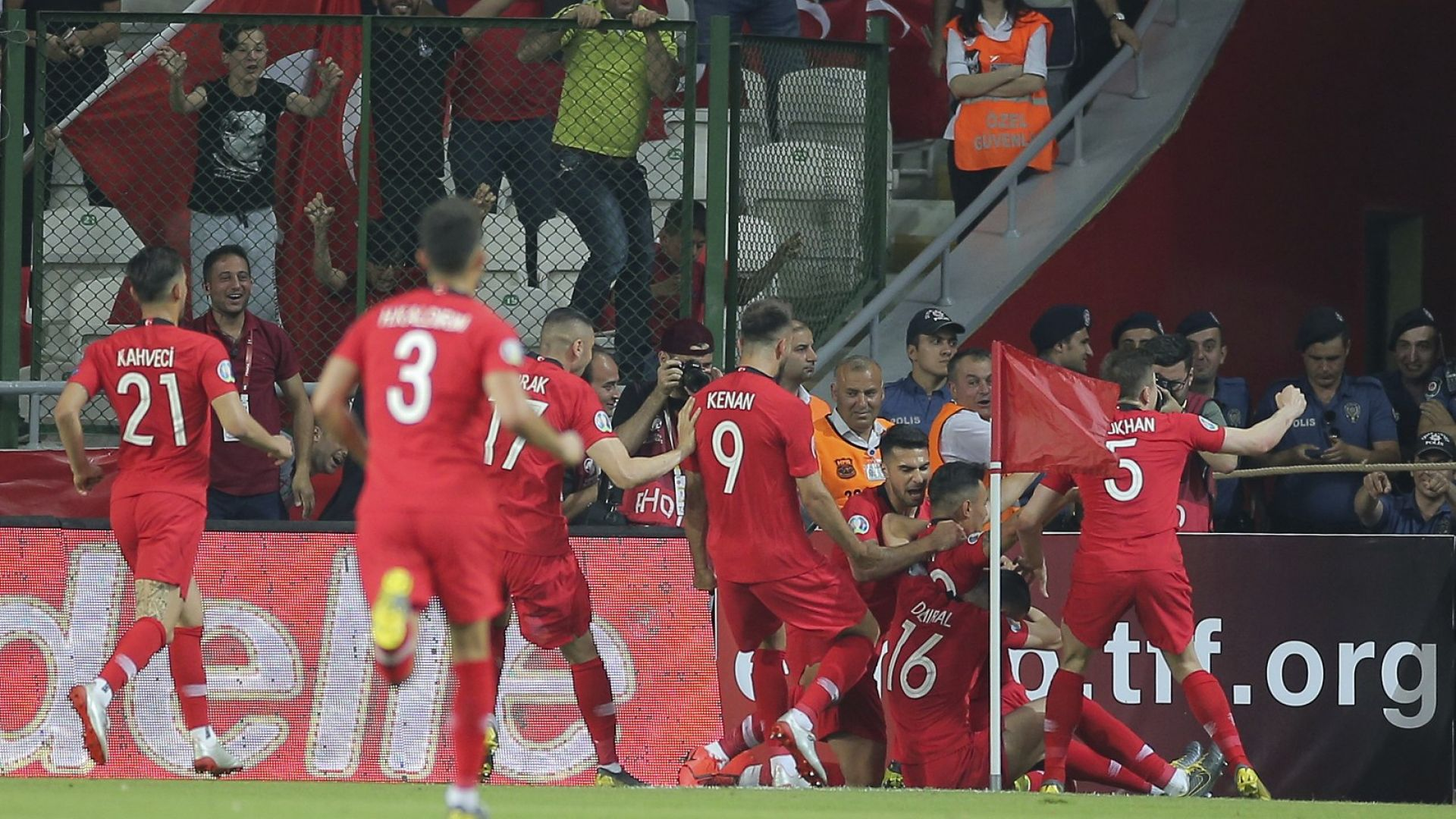 Турски кошмар застигна световните шампиони