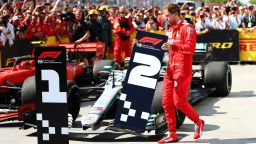 Разочарованият Фетел: Не успях да спра Хамилтън в преследването на Шумахер