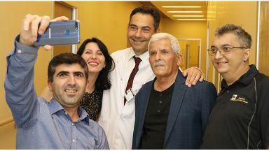 """Рядка """"кръстосана"""" чернодробна трансплантация спаси семейства от Украйна и Турция"""