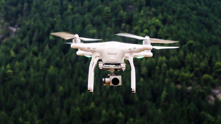 Индия за пръв път изпробва дронове за доставка на лекарства