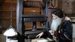 Изложба събира на едно място знакови български печатни книги