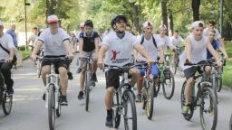 """Тереза Маринова и Евгени Иванов-Пушката ще поведат пешеходния поход на Нестле за Живей Активно!, а Йордан Йовчев и момичетата от ВК """"Марица"""" ще карат колело"""
