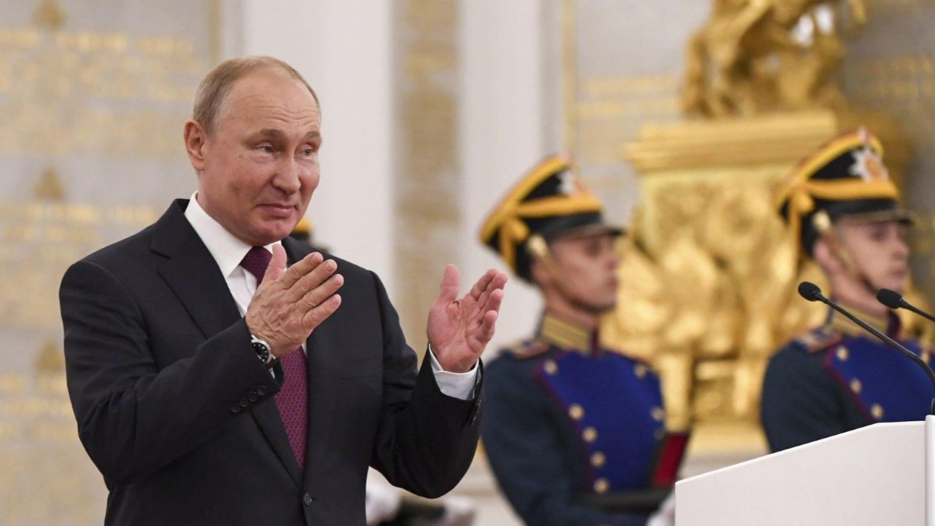 Путин: Твърдо подкрепяме Игор Додон срещу узурпаторите