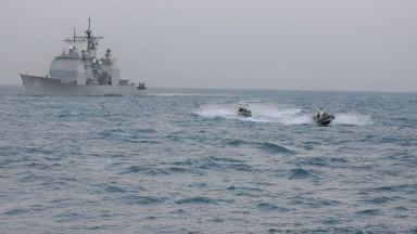 Военните са в шах: Кой атакува танкерите в Оманския залив?