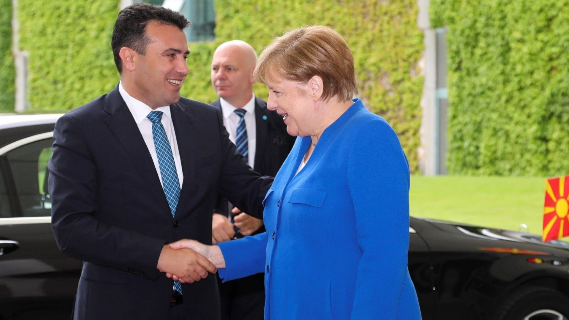 Мълчание след срещата на Меркел и Заев