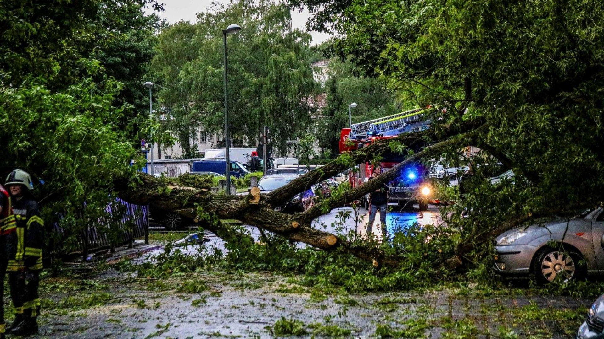20 души пострадаха при бури в Източна Германия