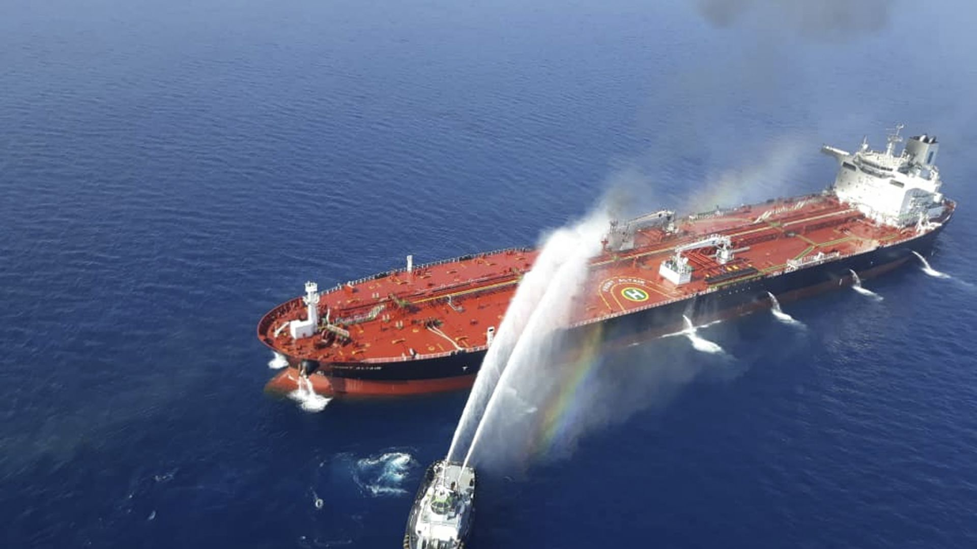 Доналд Тръмп и Шиндзо Абе са обсъдили по телефона  атаките над танкери в Оманския залив