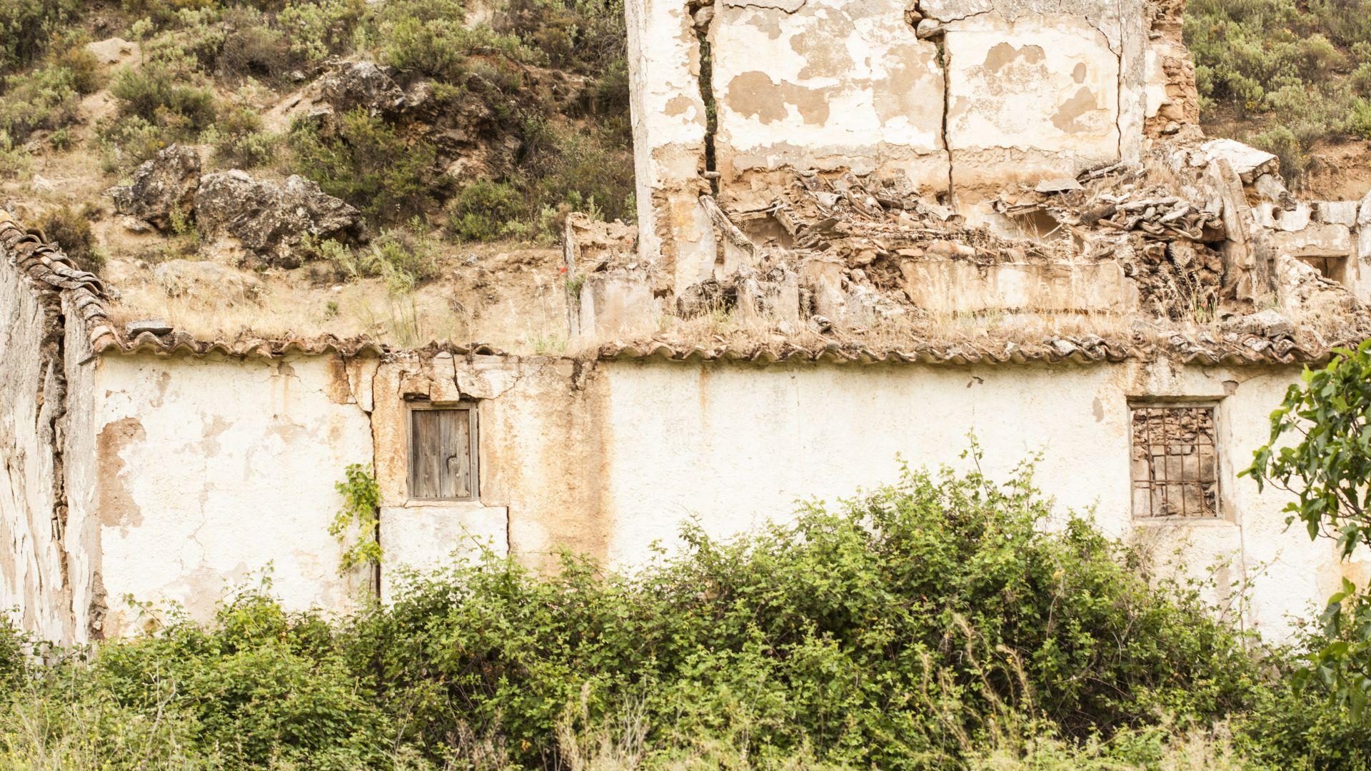 Испания се стреми да съживи призрачните си села