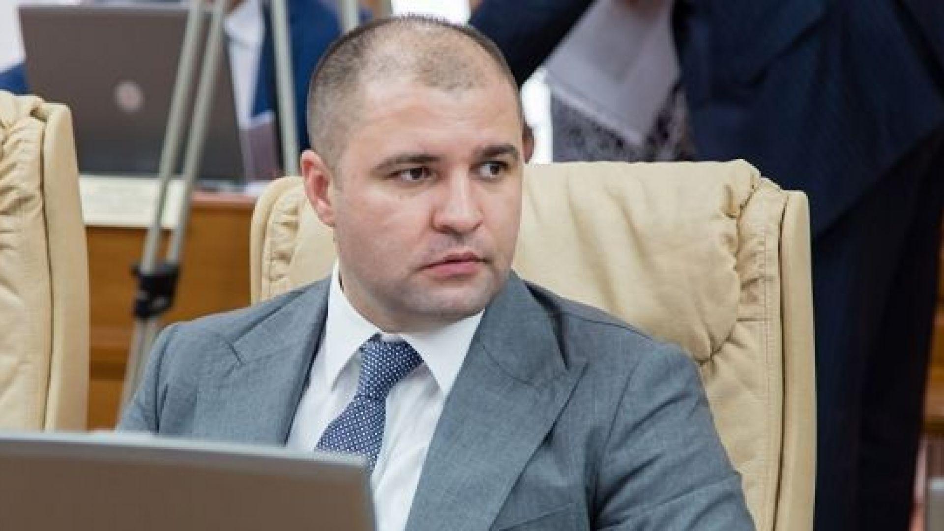 Развръзка в Молдова - бившата управляваща партия сдаде властта