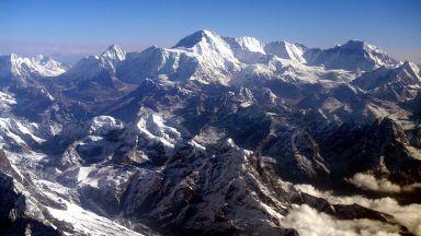 Фалшиво изкачване на Еверест донесе забрана на индийци
