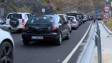 """Шофьори чакат по 4 часа на ГКПП """"Маказа"""" за влизане в Гърция"""