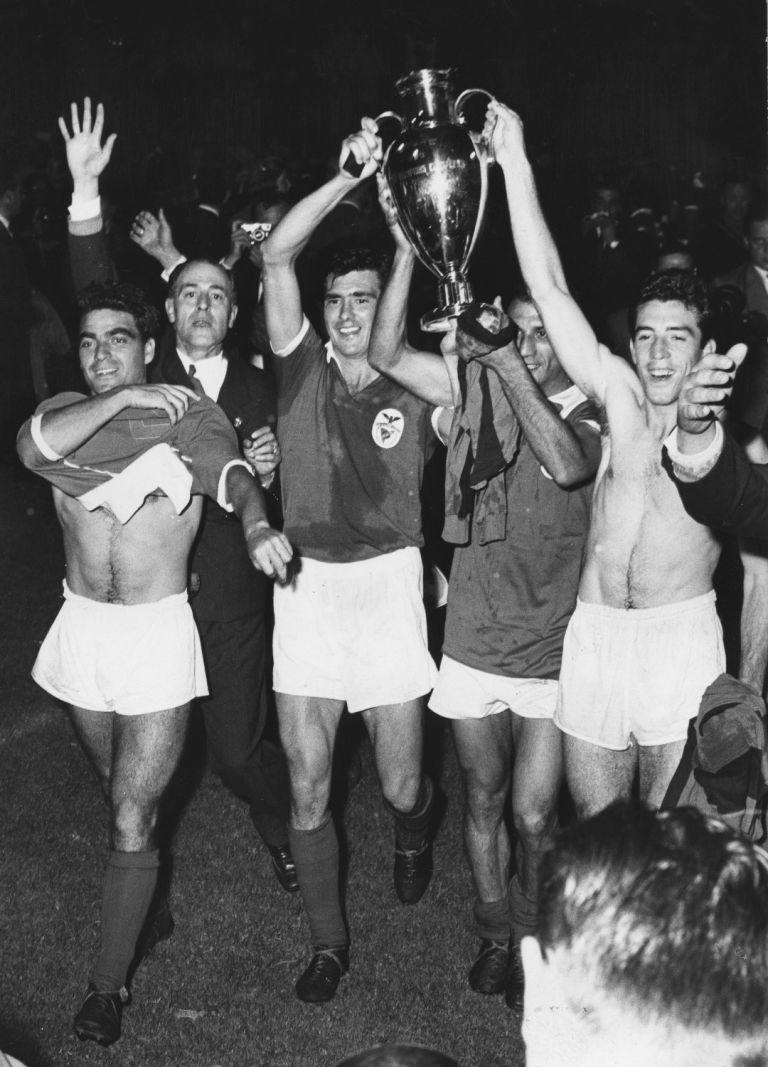 8. Бенфика (Португалия) - 82 купи.
