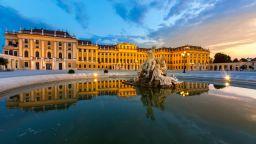 Виенската филхармония изкушава с лятно приключение в синьо