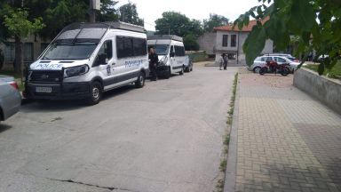 Виден бизнесмен от Костенец е арестуван заедно с кмета Радостин Радев