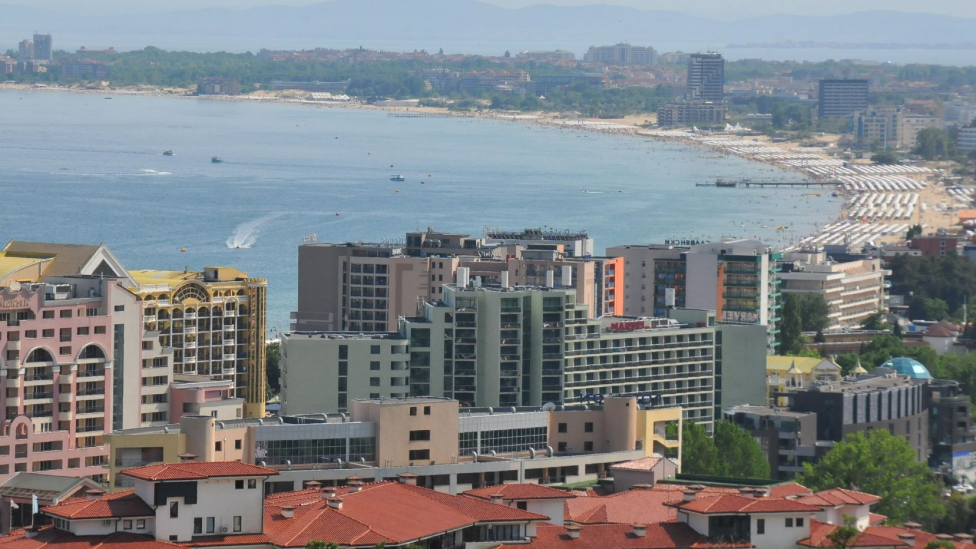 Румънски туристи масово анулират резервации за морските ни курорти