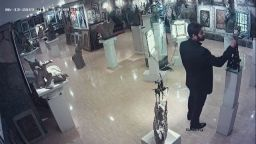 Поредната кражба от ателието на Ставри Калинов е извършена от чужденец