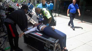 Паника насред Торонто и ранени след стрелба по време на парад на победата